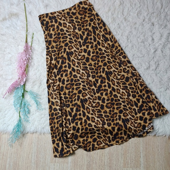 Dresses & Skirts - Turquoise Haven Cheetah Print Midi Skirt